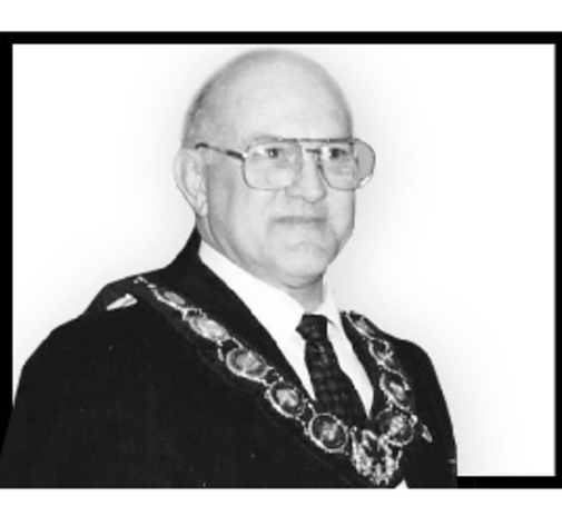 Lyle  MILLER