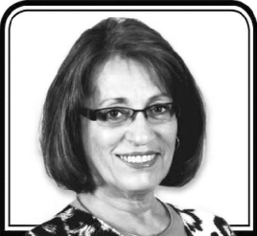 Pierrette  Wallis