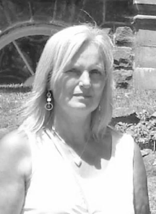 Carolyn Linda  Mitchell