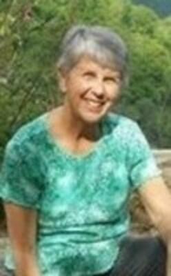 Patricia Tish M. (Stewart) Pety