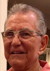 Julio Avael