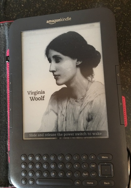 eMoo Online   Classifieds   For Sale   3rd Generation Kindle