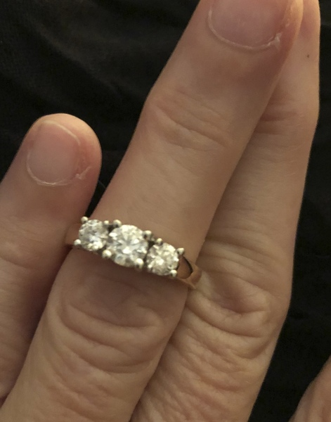 eMoo Online | Classifieds | For Sale | Diamond Ring