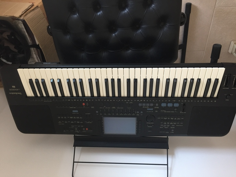 eMoo Online | Classifieds | For Sale | Electric keyboard