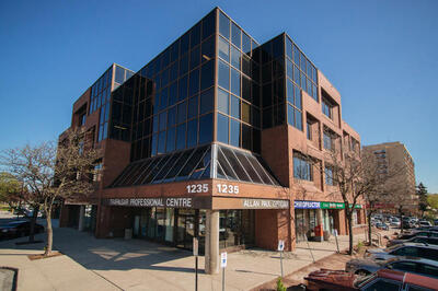 Ontario Medical Association | Classifieds | For Lease/For Sale