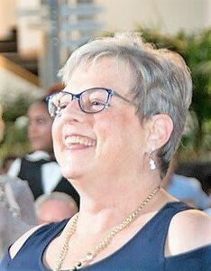 Suzanne McIntyre Ahlersmeyer