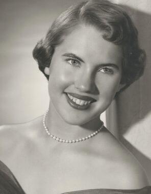 Carmen  Dorris