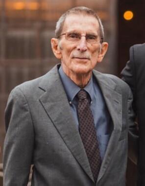 Glen D Towles