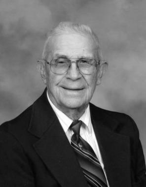 Robert H Maedge