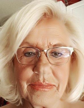 Dianne Charlene Luzecky