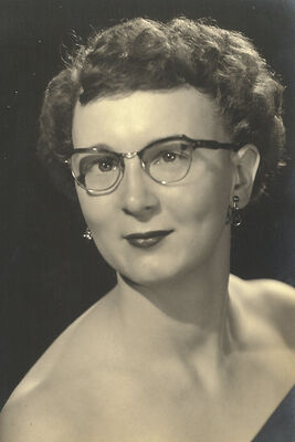 Mae Brown