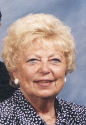 Carolyn Bousum Richards