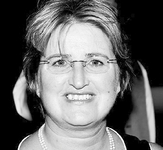 Helen  NOEL