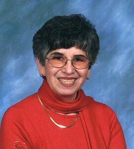 Eva Barlow