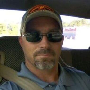 Warren Wayne Earles