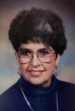 Gloria  Horn