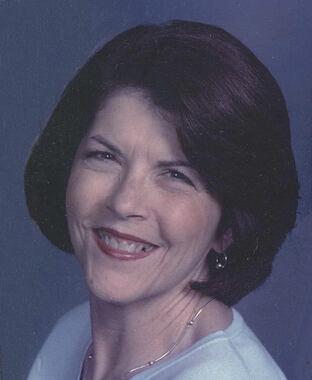 Carolyn Lee  Dillon