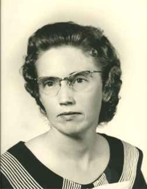 Lena  Akins