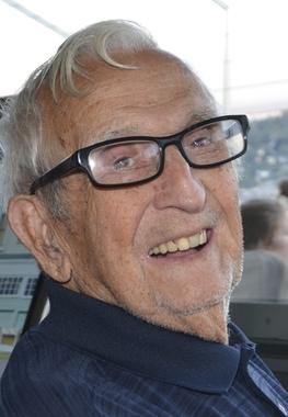 Earl Johnson   Obituary   The Register Herald