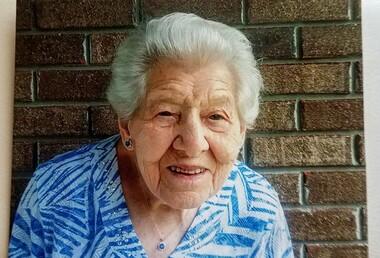 Emma Louverna Warren