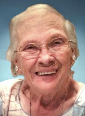 Lois  Yukich