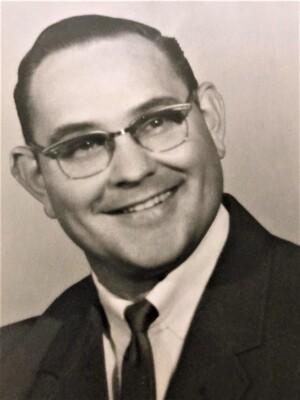 Lonnie Charlton Mills