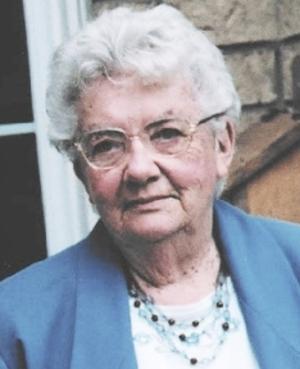 Edna  KOMAR