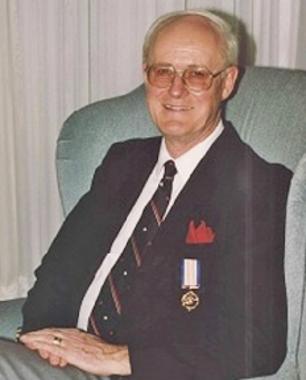 Dr. Douglas  MacINTOSH
