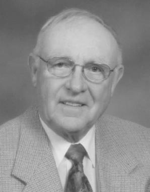 Dr. Robert  Bromley