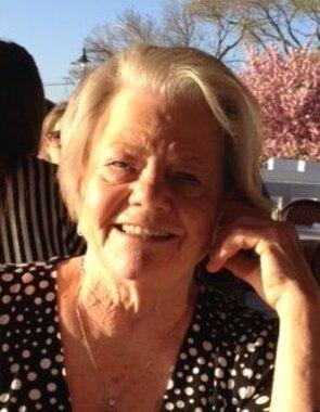 Doris E.  Roberts