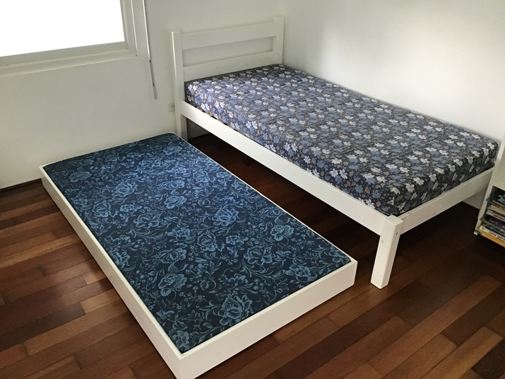 Emoo Online Classifieds For Sale White Bed With