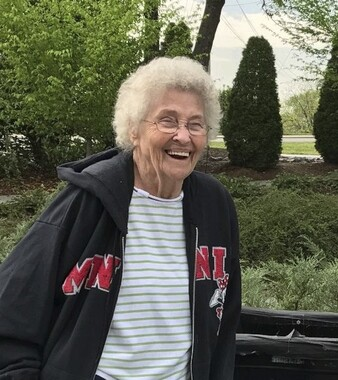 Evie Clayton | Obituary | The Daily Citizen