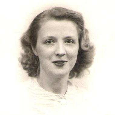 Janina  Stojak (née Mierzwinski)