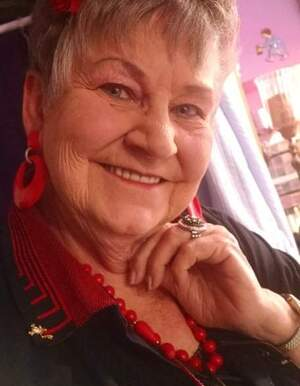 Sandra Ray