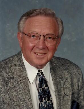 Dwight L Dye