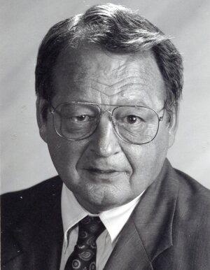 Robert Debrezeni Miller