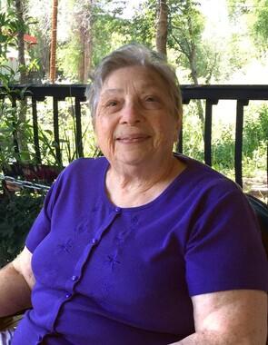 Janet  Zarate