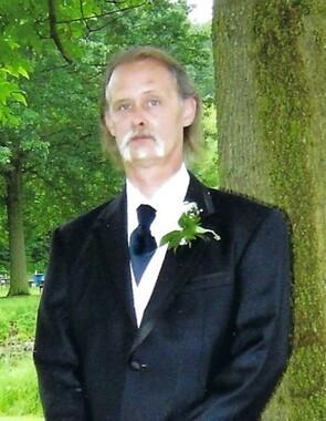 Michael Lee Hall
