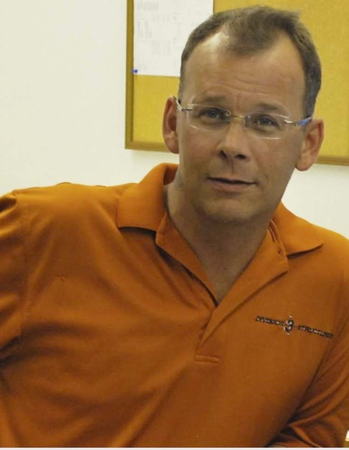 Damien  Troy Rustebakke