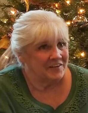 Cynthia  Holt