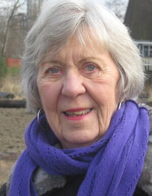 Lois  Elizabeth Short