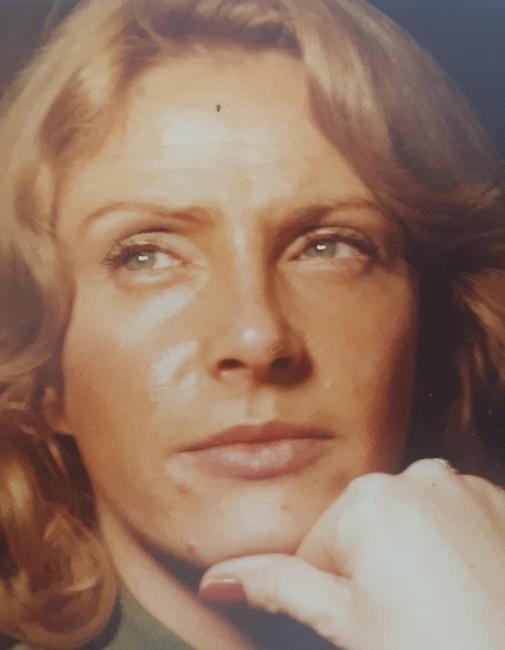 Joan  Ann Carroll (Walton)