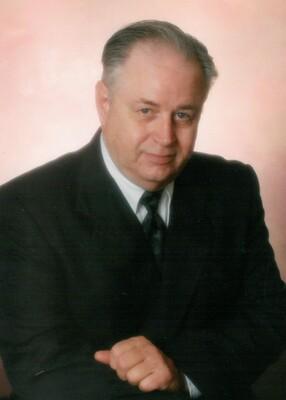 Kenneth Hallock