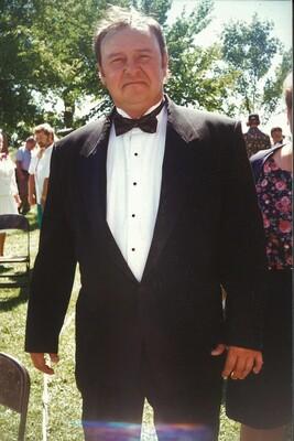 Loren Gene Oachs