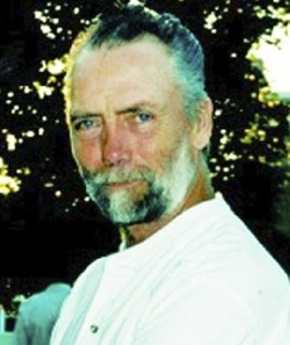 Glen  Barr