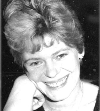 Gloria  MACCONNELL