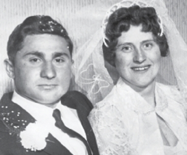 Evelyn and Wayne  Buuck