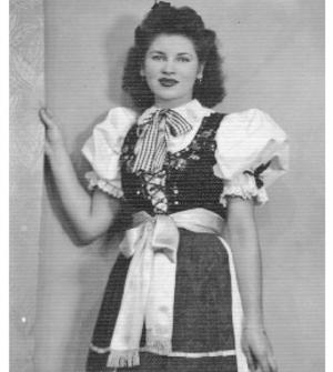 Irene  HENSZEL