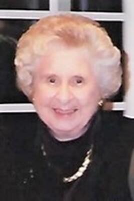 Winifred M. Winnie Hemmer