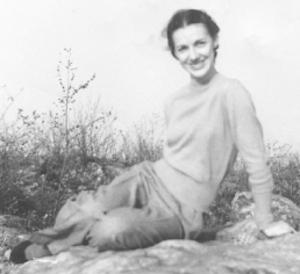 Eleanor  LEWIS